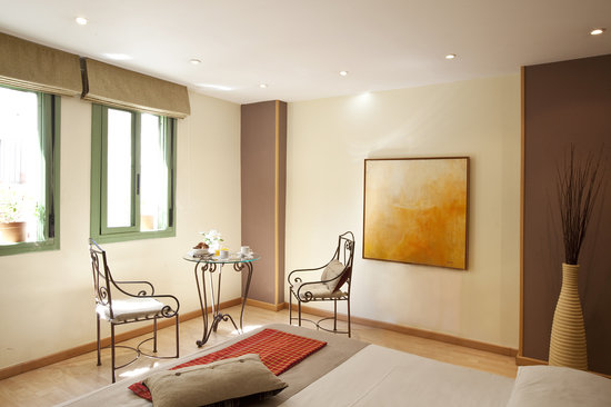 Photo of Apartments in Barcelona Las Ramblas-Ample