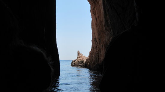 Llafranc, España: from inside a cave