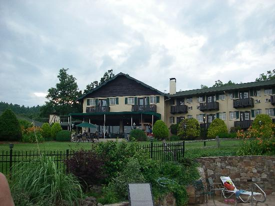 Little Switzerland, NC: Switzerland Inn