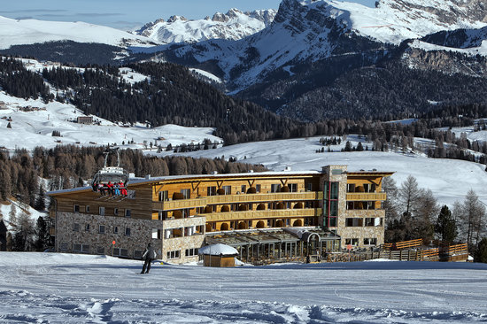 Photo of Hotel Paradiso Alpe di Siusi