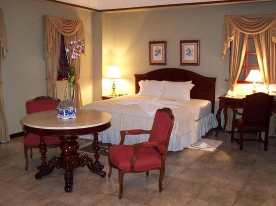Hotel DeVille: Junior Suite