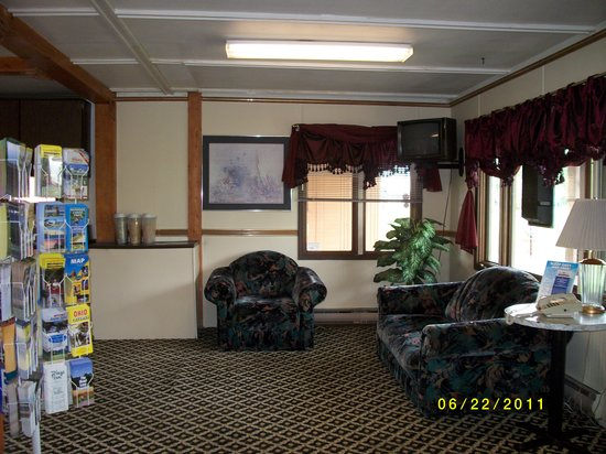 Photo of Country Hearth Inn Sturgis