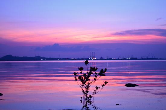 HARRIS Resort Batam Waterfront: Sunset view