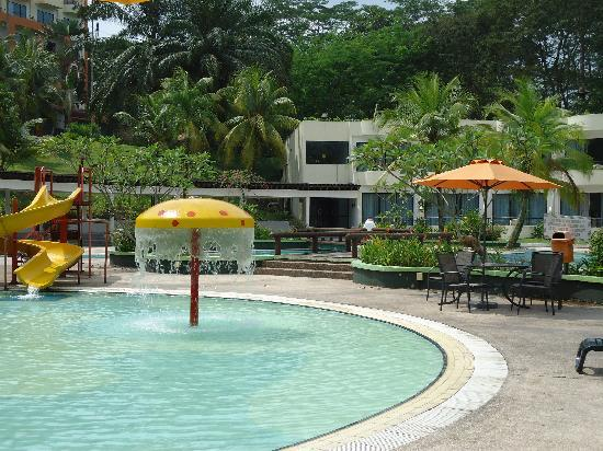 Klana Resort Seremban: the waddle pool