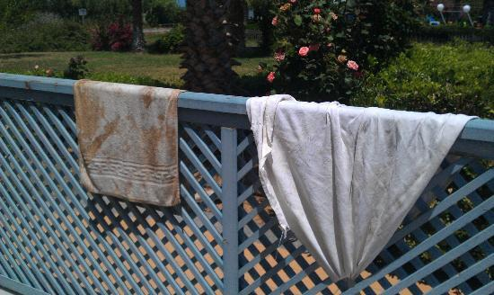 Ilatia Village: A 'freshly washed' table cloth next to the kitchen towel