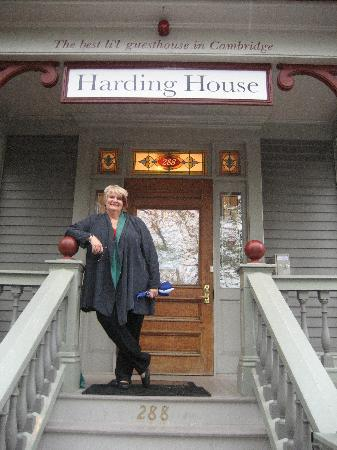 Harding House: Home away from home!