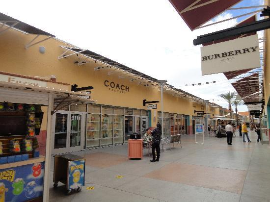"<a href=""/Attraction_Review-g45963-d517543-Reviews-Las_Vegas_Premium_Outlets-Las_Vegas_Nevada.html"">ラスベガス プレミアム アウトレット ノース</a>: 写真"