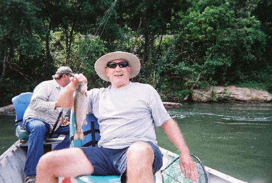 Angler's White River Resort: dad