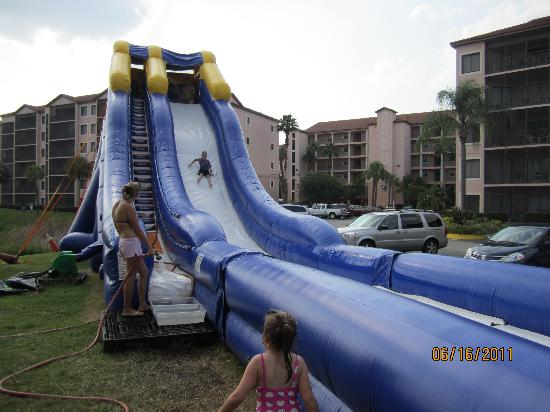Westgate Lakes Resort & Spa: You pay to use this slide-not Westgate's