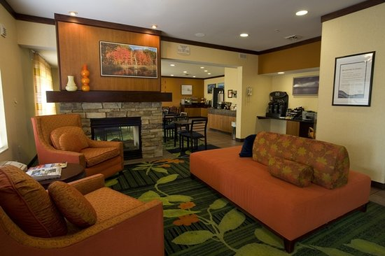 ‪Fairfield Inn & Suites by Marriott Traverse City, MI‬