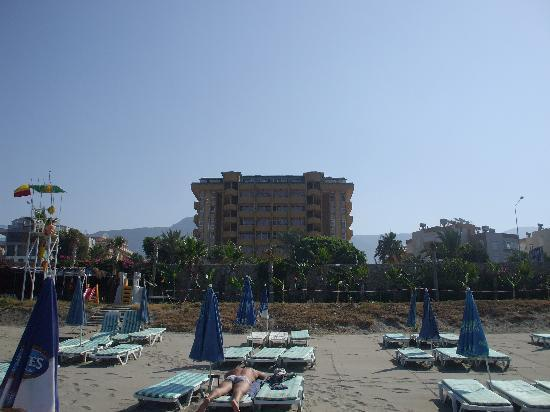 Mahmutlar, Turkey: beach