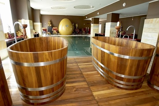 Hilton Copenhagen Airport: Nimat Spa bathtubs