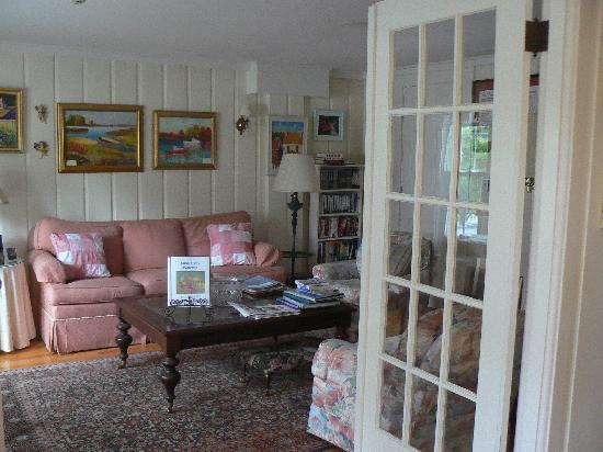 An English Garden Bed and Breakfast: living room one