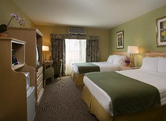 The Inn at Marina del Rey: Stay in our spacious Marina del Rey suites and enjoy true comfort and convenience!