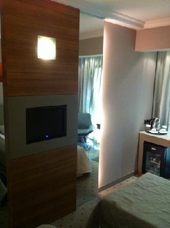 Klas Hotel: room 408