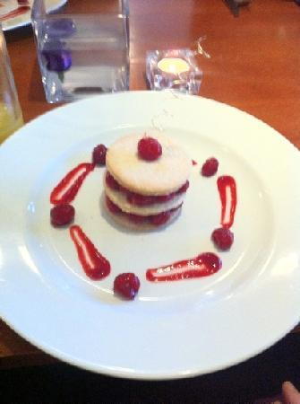 The Queen's Head: Raspberry Mille Feuille