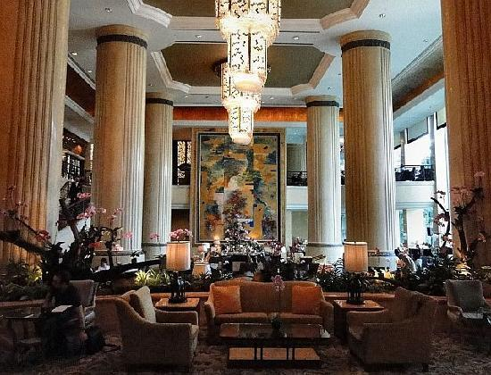 Click to see more reviews of Shangri La Hotel Singapore from Tripadvisor!