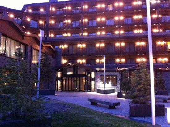 Soldeu, Andorra: entrada al hotel