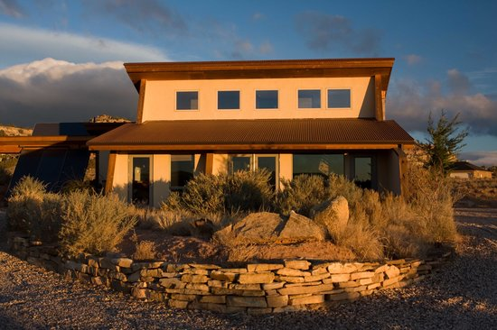 La Luz Desert Retreat