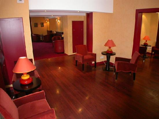 Photo of BEST WESTERN L'Escurial Joue-Les-Tours