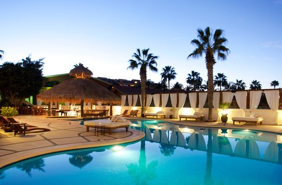Bahia Hotel & Beach Club: Pool