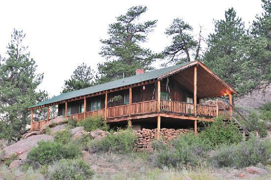 Tarryall River Ranch: Bunk down in cozy comfort!