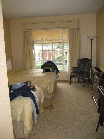 UCLA Guest House: Our room