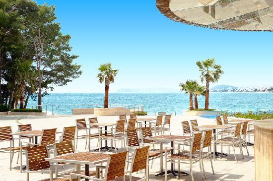 Le Meridien Lav Split: Laguna Beach Bar