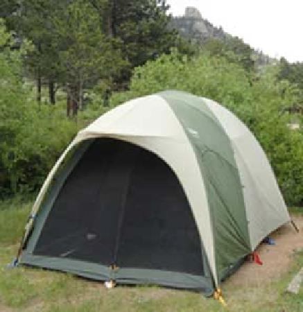 Mary's Lake Campground: our tent