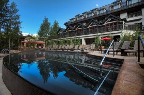 Vail Cascade Resort & Spa : Vail Cascade Pool and Hot Tubs