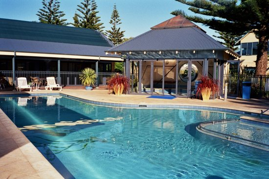 BIG4 Middleton Beach Holiday Park: Solar Heated Pool & Hydro Spa