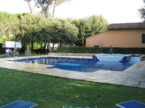 Hotel Miro: Secluded pool