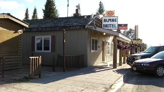 Alpine Motel: The reception area