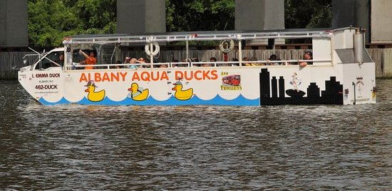 Aqua Ducks & Trolleys