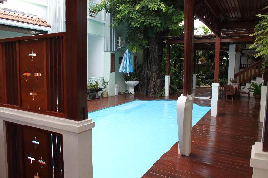 Sri Pat Guest House: Piscine