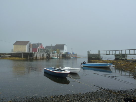 Lunenburg, Kanada: Blue Rocks Launch Site - Foggy Start