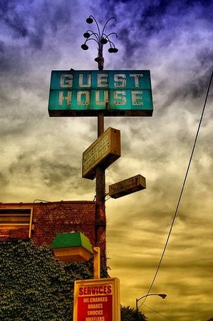 Photo of Guest House Motel Chicago