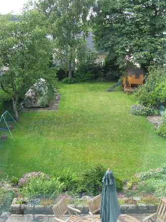 Southmead Guest House: View of garden from Bedroom 3