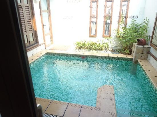 Private pool picture of grand lexis port dickson port for Garden pool villa grand lexis pd