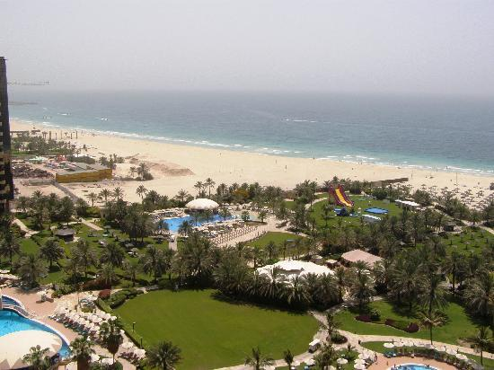 Habtoor Grand Resort & Spa: view from the room