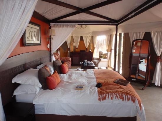 The Elephant Camp: Bedroom & lounge in out tent