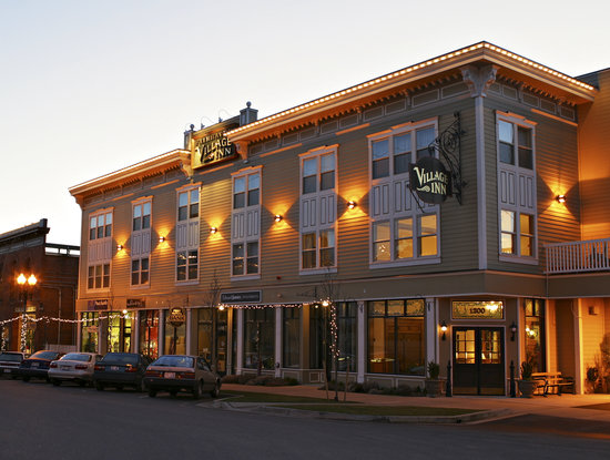‪Fairhaven Village Inn‬