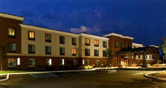 Welcome to Holiday Inn Express Hotel & Suites Bethlehem Airport - Allentown Area