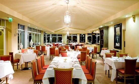 BEST WESTERN PLUS Windmill Village Hotel Golf & Leisure Club: Fairways Restaurant