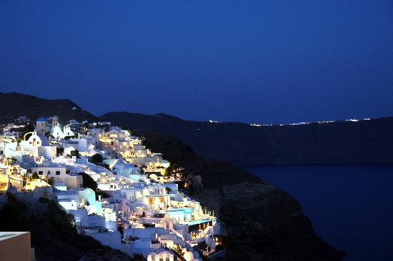 Art Maisons Luxury Santorini Hotels: Aspaki &amp; Oia Castle: Nightview from Endless Blue balcony(left side)