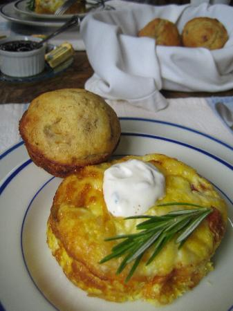 Coast Guard House Historic Inn: Breakfast