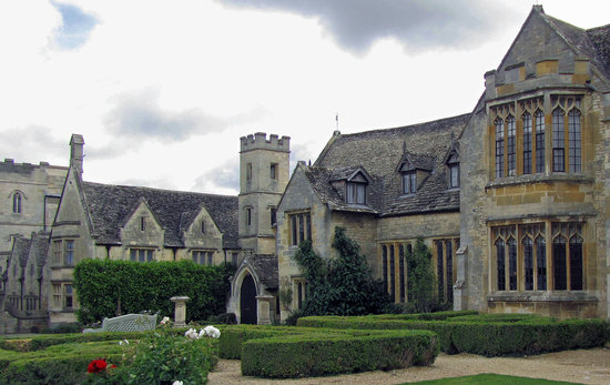 Ellenborough Park Main Entrance