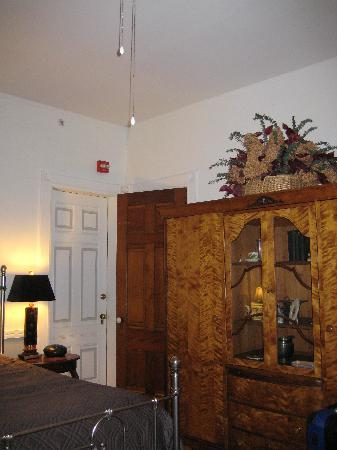 The William Henry Miller Inn: Dane's room