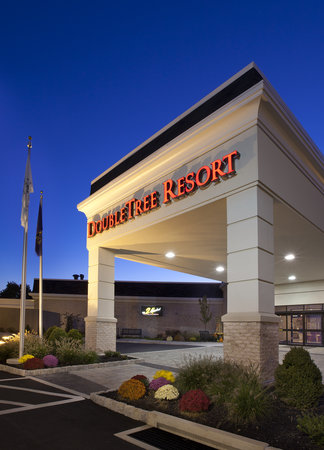 DoubleTree Resort by Hilton Hotel Lancaster