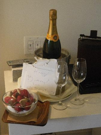 The Betsy Hotel, South Beach: Lovely gesture from the hotel.